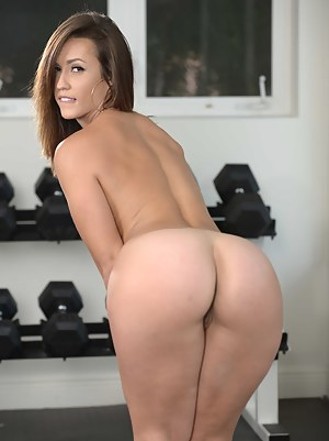 Sexy Teen Gym Porn Pictures