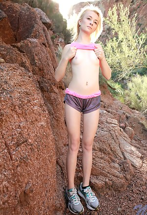 Sexy Skinny Teen Porn Pictures